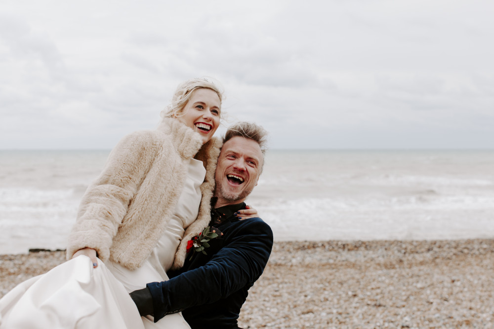 Dan & Klaudia - Make Me Bridal Artist: Mels Brides. Photography by: Charlotte Lucy. #classic #vintage #bridalmakeup #beachwedding