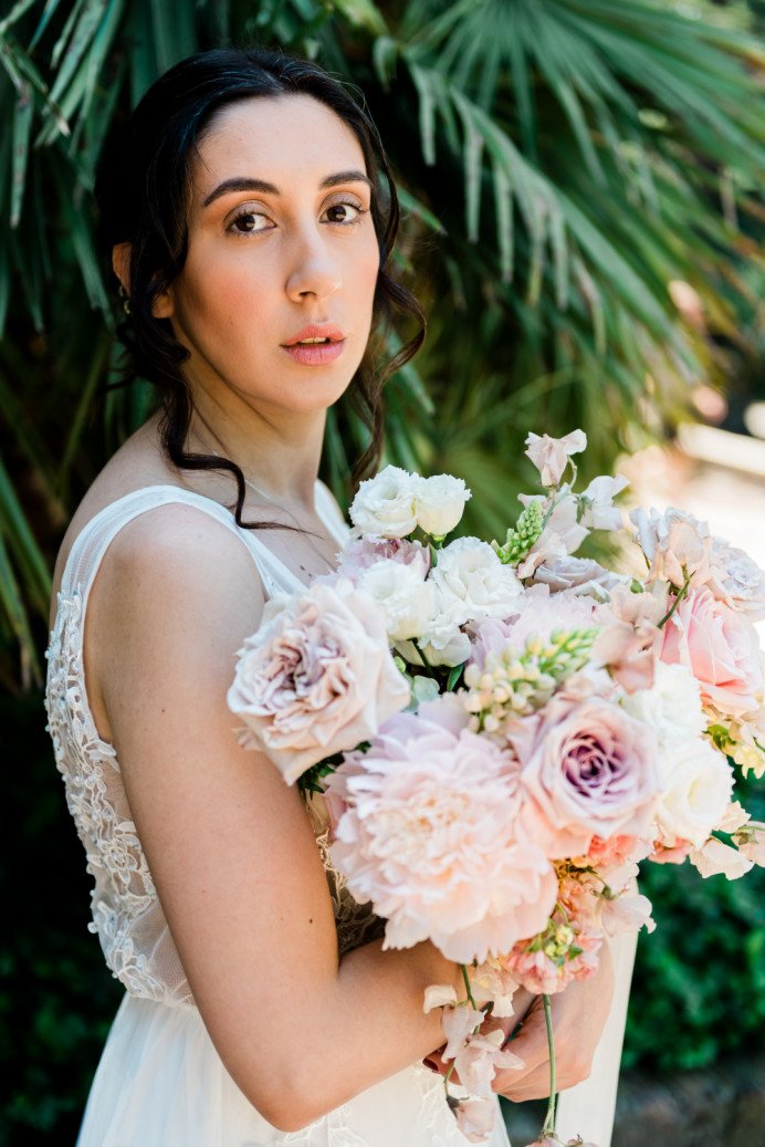 Bride Genevieve - Make Me Bridal Artist: Mels Brides. Photography by: HONG-LINH. #classic #glamorous