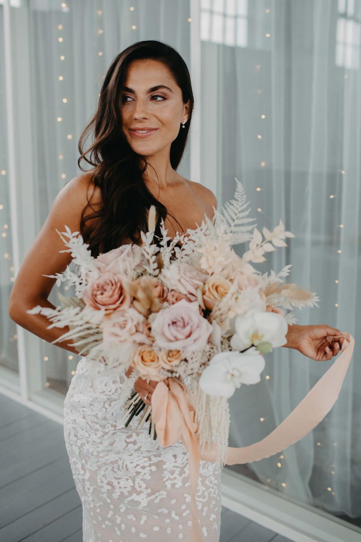 - Make Me Bridal Artist: Keri Clark Hair and Makeup. Photography by: Sammy Taylor. #classic #glamorous #bridalmakeup