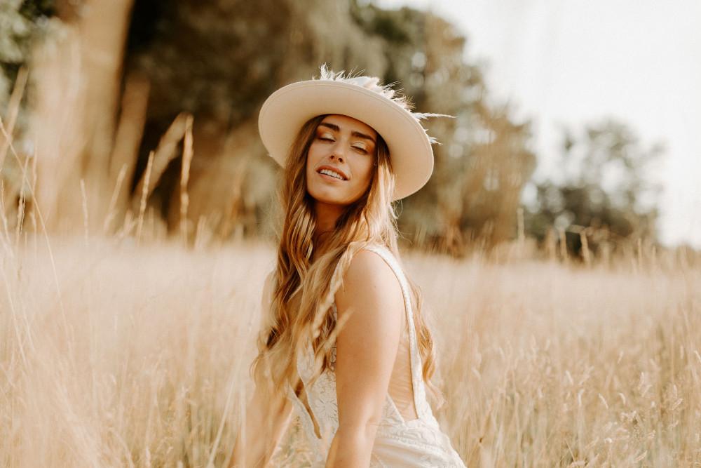 - Make Me Bridal Artist: Keri Clark Hair and Makeup. Photography by: Ellen Sears. #bohemian #boho #naturalmakeup #bridalmakeup #bridalhair