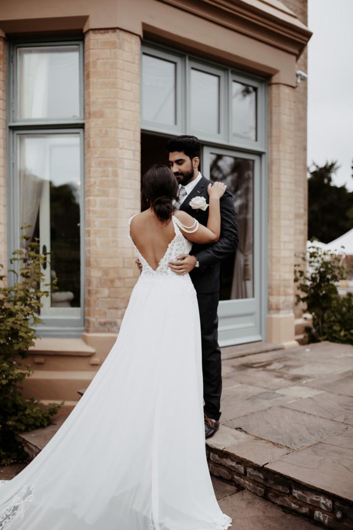 - Make Me Bridal Artist: Sarah Parkinson Bride. #effortlesshair