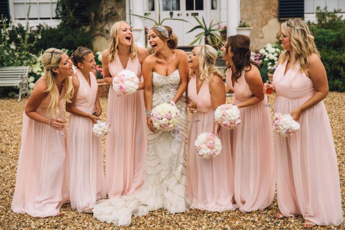 - Make Me Bridal Artist: I Love It Laura. Photography by: Hannah Hall. #bridalmakeupartist #bridalparty #bridemakeup