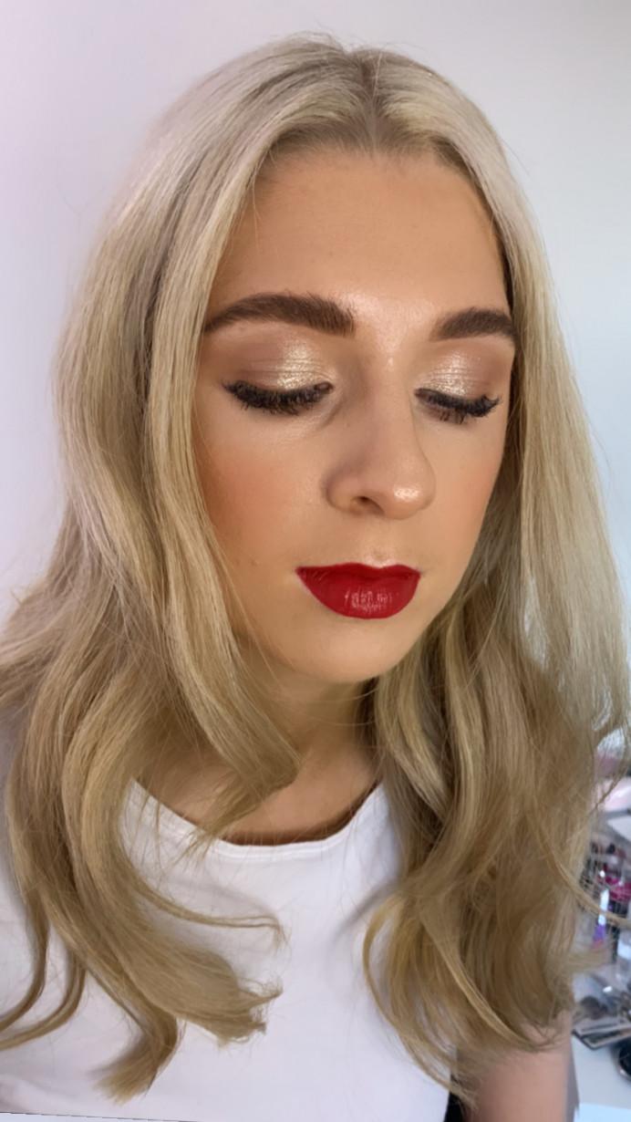 Makeup by me - Make Me Bridal Artist: Hannah Cliffe MUA. #glamorous #gettingready #redlip