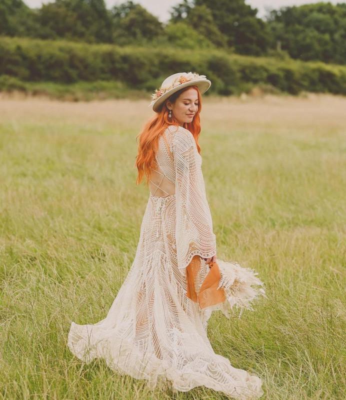 - Make Me Bridal Artist: Hannah Cliffe MUA. Photography by: LAURA RHIAN. #bridalhair #bohobride #bridalmakeup