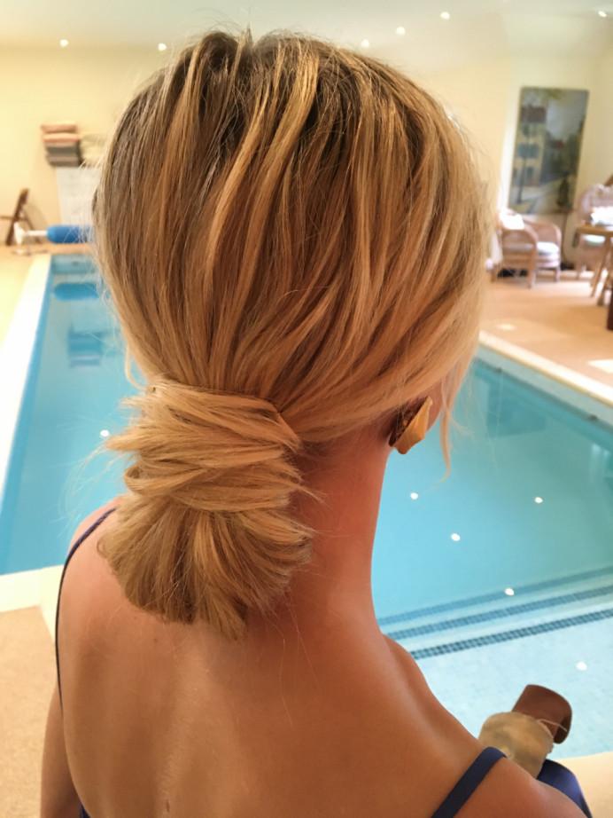 Modern chignon hairstyle - Hertfordshire Bride 2020 - Make Me Bridal Artist: Quelle Bester. #bohemian #glamorous #bridalhair #naturalhair #chignon #looseupdo