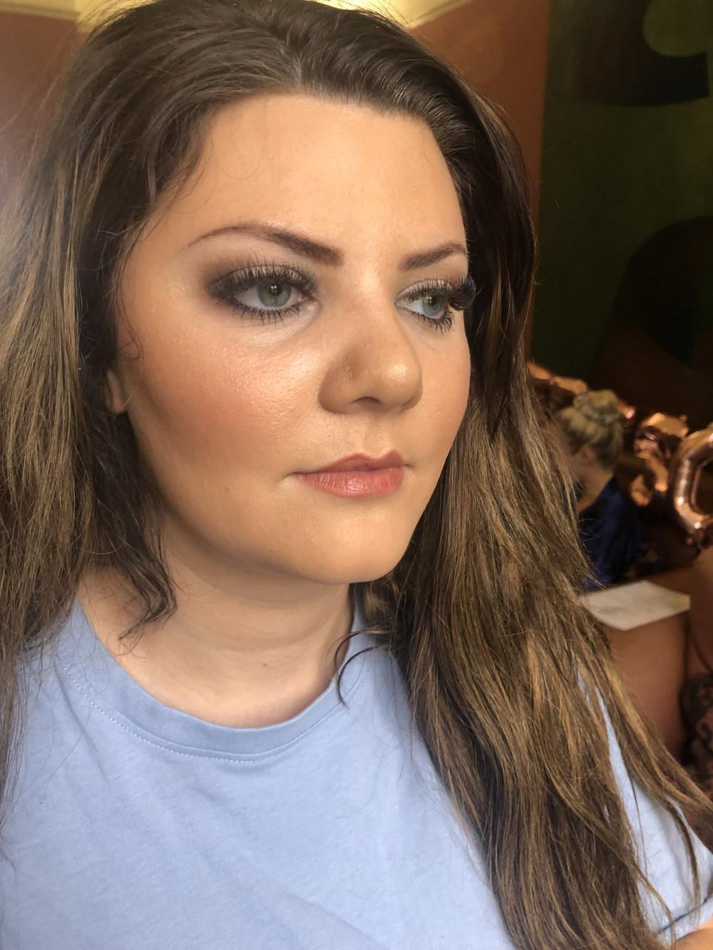 Subtle Smokey eye and gorgeous, glowing skin - Make Me Bridal Artist: Gemma Davey Makeup. #subtlesmokeyeye #glowingskin #freshmakeup