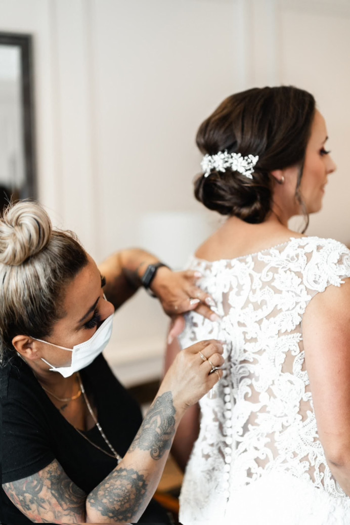 - Make Me Bridal Artist: Hair and make up artist . Photography by: Rohan photography. #classic #glamorous #gettingready #meatwork #chignon #elegant