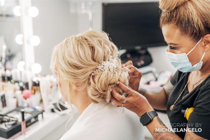 - Make Me Bridal Artist: Hair and make up artist . Photography by: Michael Angelo. #classic #glamorous #blonde #weddingmorning #bridalmakeup #bridalhair