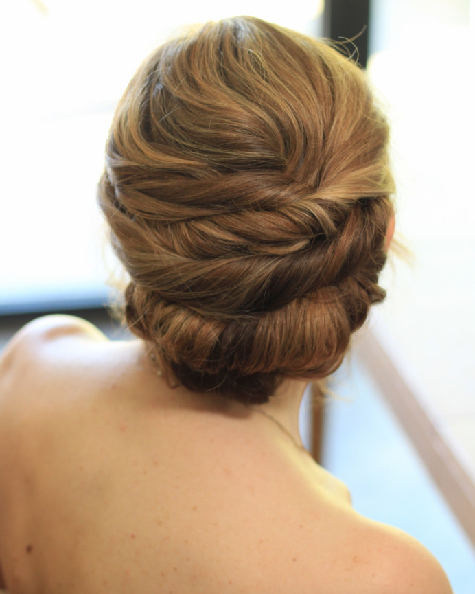 Soft twisted up style - Make Me Bridal Artist: Amanda Roberts Hair & Makeup. Photography by: Amanda Roberts. #classic #weddinghair #softupdo #twistedupdo