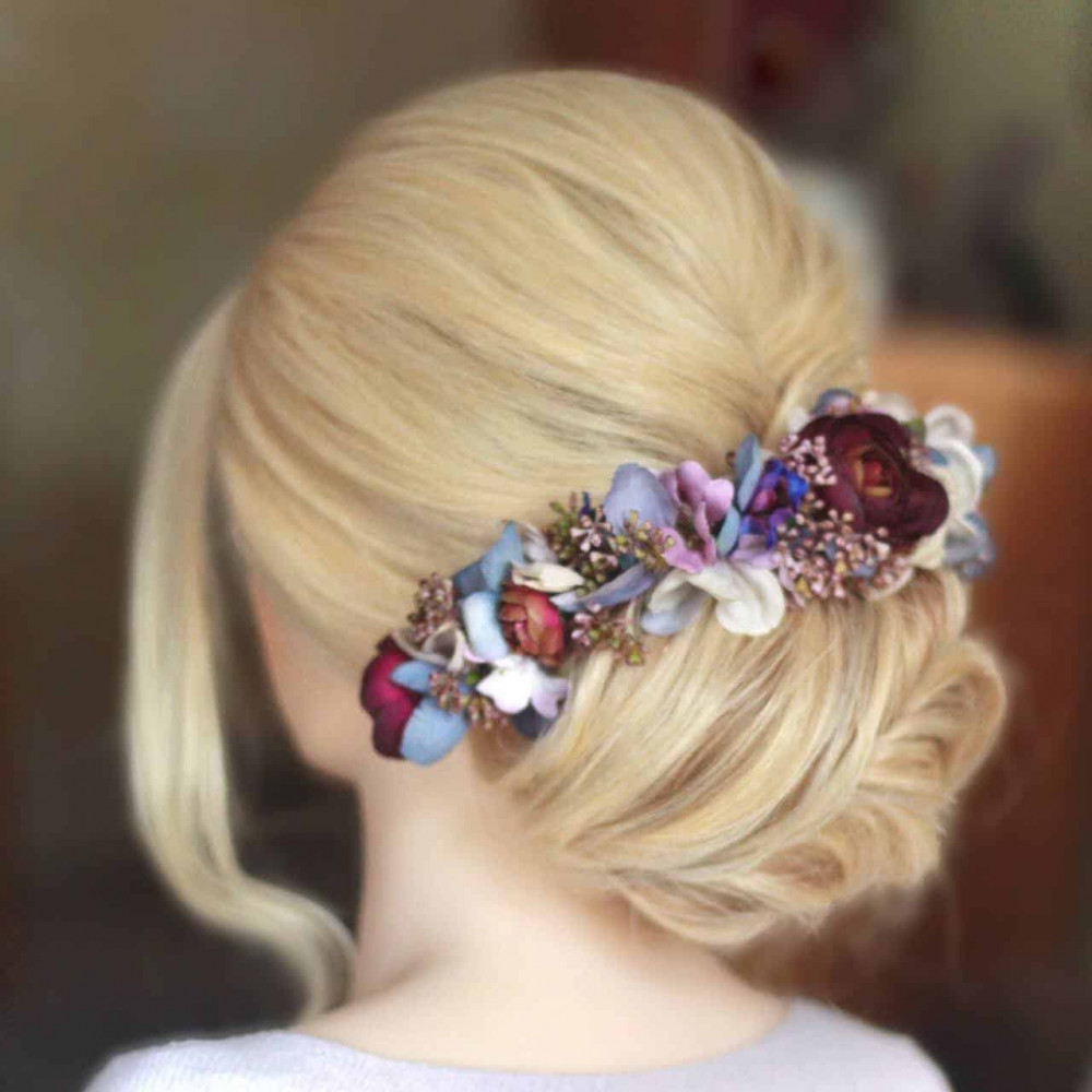 Lockdown hairstyling, keeping my practice up when I was unable to work - Make Me Bridal Artist: Amanda Roberts Hair & Makeup. #classic #flowercrown #bridalhair #flowersinherhair #updo #hairup #weddinghair