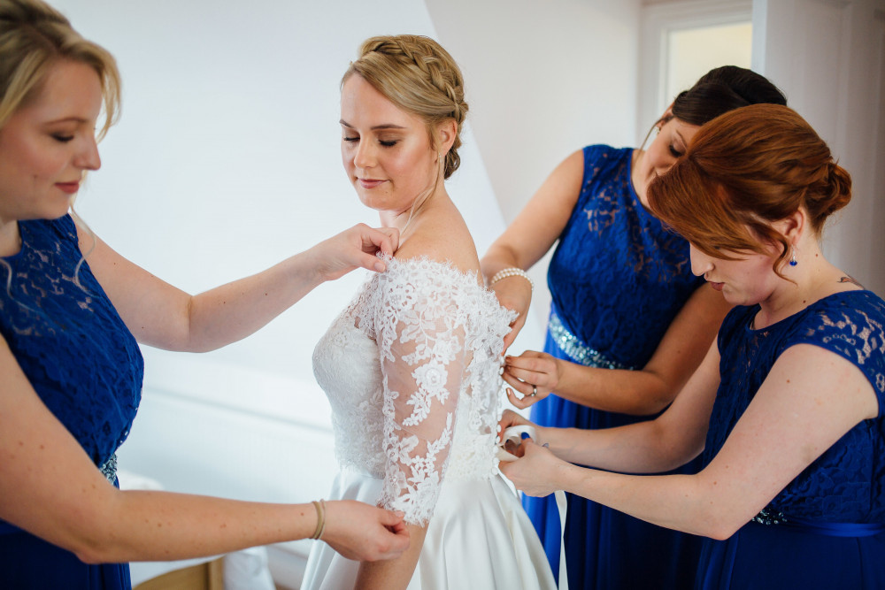 Mrs Owen looking like a goddess in her dress - Make Me Bridal Artist: Lisa Caldognetto Authenic Luxury Bridal. Photography by: Beth France Photography . #glow #nars #fresh #mac #glowingskin #natura #becca