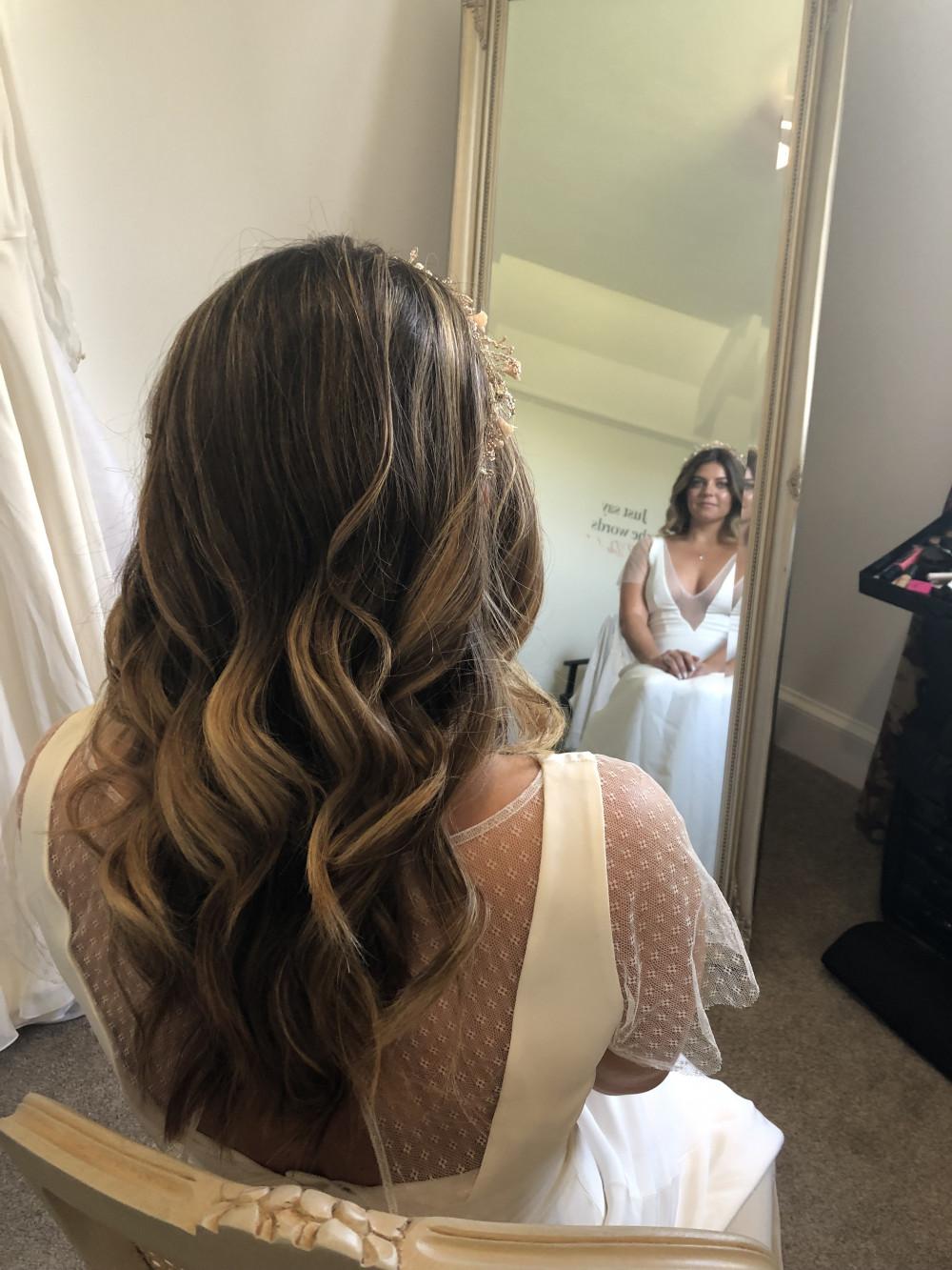 - Make Me Bridal Artist: Neecol Whyte Weddings. #bohemian #weddingmorning #bridalhair #waves #hairdown