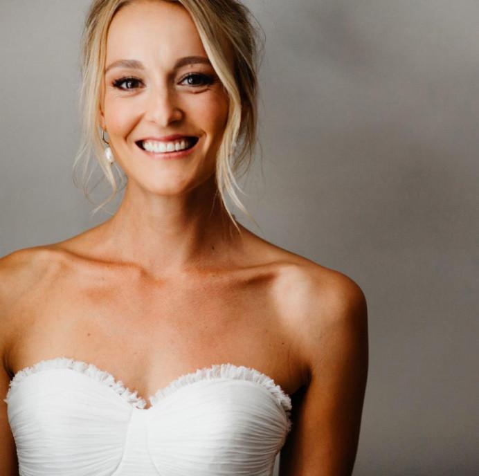 Bronze tones for this beautiful bride! - Make Me Bridal Artist: Neecol Corry Weddings. #naturalmakeup #bridalmakeup #elegant #relaxedupdo #romantichairup #weddinghair #softupdo #softmakeup