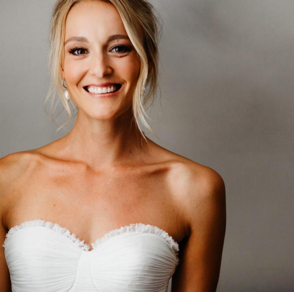 Bronze tones for this beautiful bride! - Make Me Bridal Artist: Neecol Whyte Weddings. #naturalmakeup #bridalmakeup #elegant #relaxedupdo #romantichairup #weddinghair #softupdo #softmakeup