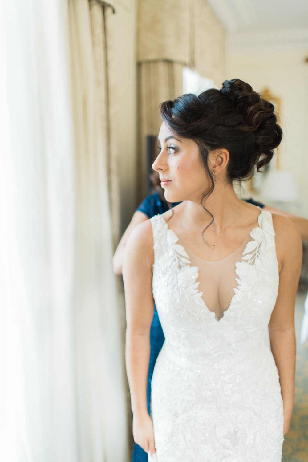 Dewy understate glam makeup, with just as glamourous hair. - Make Me Bridal Artist: Story Hair and Makeup. Photography by: Jacob and Pauline. #glamorous #curls #bridalmakeup #glow #bridalhair #updo #elegant