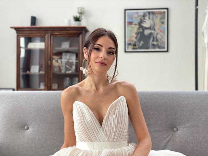 - Make Me Bridal Artist: aamua. #naturalmakeup #naturalweddingmakeup #glowingmakeup