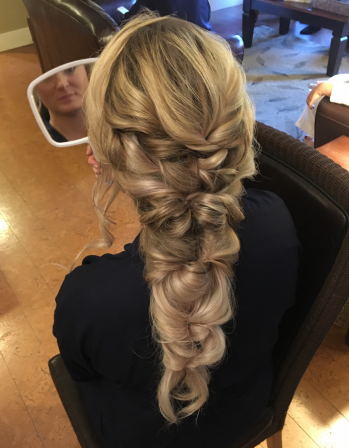 - Make Me Bridal Artist: Bridal Hair Artist Yuki Black. #halfuphair